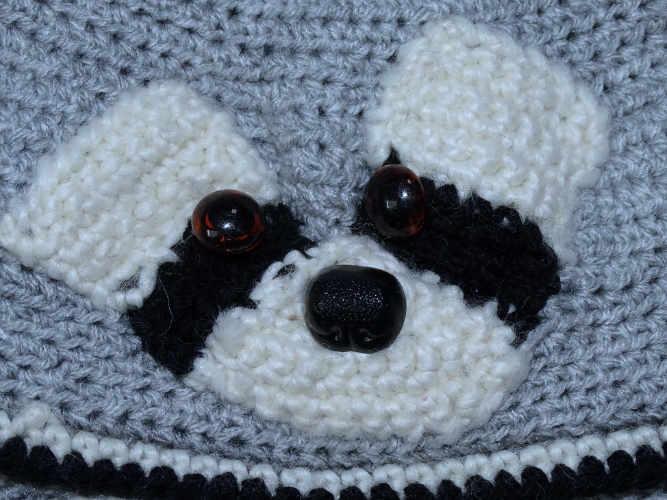 Detail Waschbär-Mütze